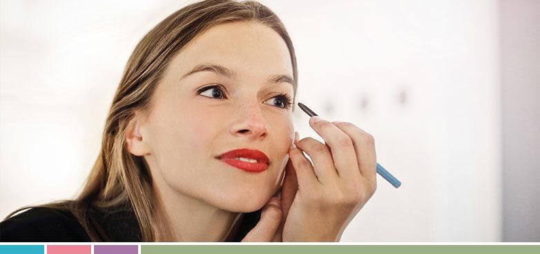 lápiz de ojos para ojos sensibles