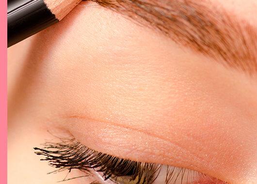 Diseña y maquilla tus cejas